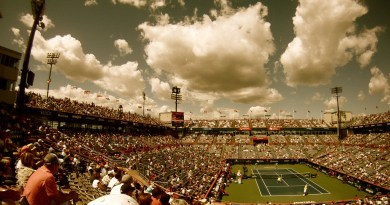clouds sky stadium 4516 - Tennis Match: Go Federer