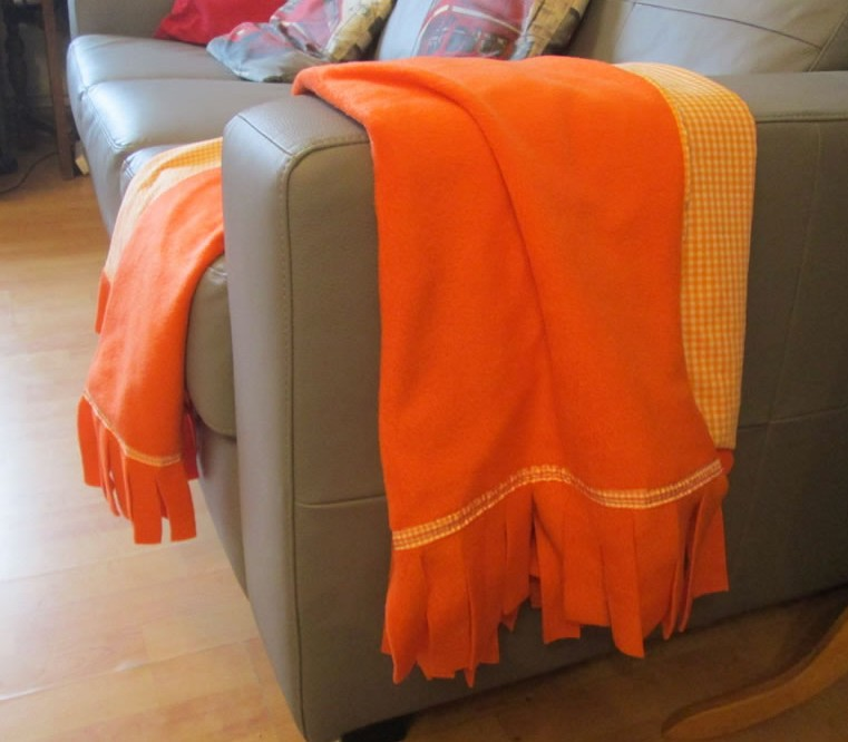 fleece blanket throw 12 things to sew in the autumn