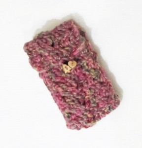 crocheted phone cosy tutorialquick and easy handmade gifts