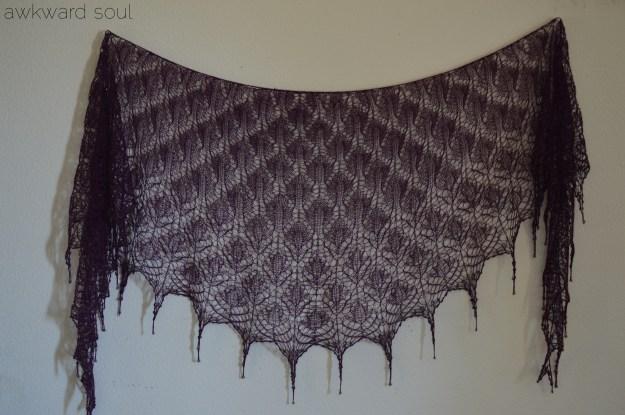 awkward soul - morticia shawl (5)
