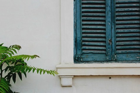 Colorful wood window - Why You Should Definitely Visit Malta in Winter - A World to Travel