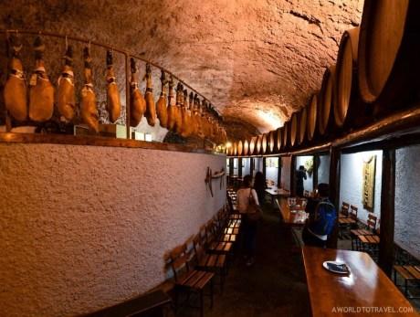 Tamanca Cave wine cellar and restaurant, La Palma