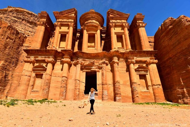 A minute of appreciation after a long hike uphill. Yet another majestic building entirely carved on Petra's sandstone: The Monastery!