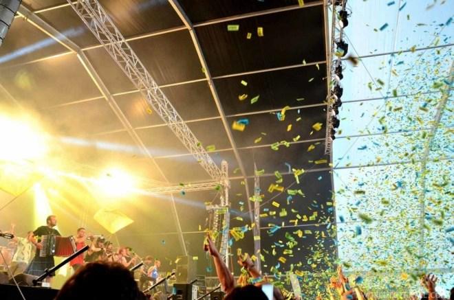 02 - La Gran Pegatina - Son Rias Baixas Festival Bueu 2016 - A World to Travel (2)