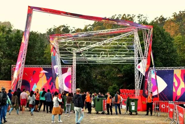 Gates - Vodafone Paredes de Coura Festival 2016 - A World to Travel