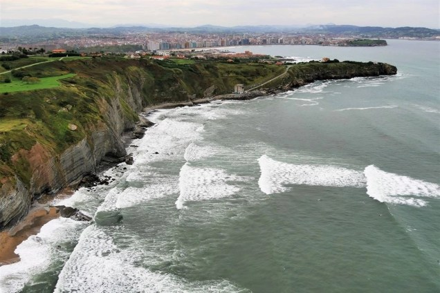 4. Paraglide over Gijon cliffs - Fun Things To Do In Gijon Rain or Shine - A World to Travel (10)