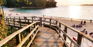 Pasarela hacia la playa de Mogor, Terras de Pontevedra