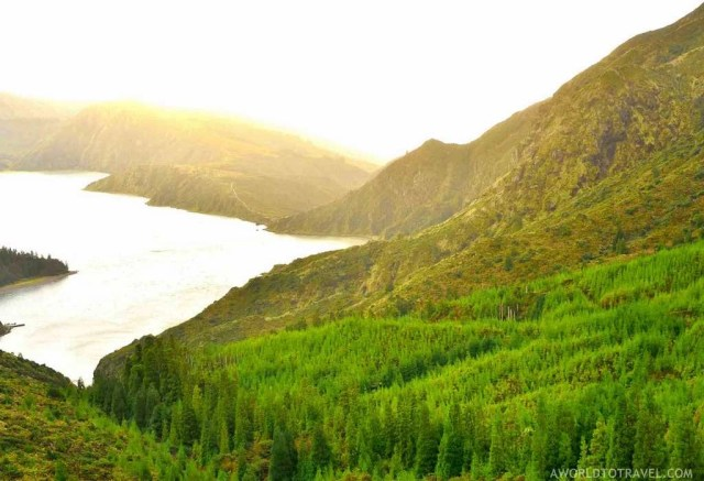 Lagoa do Fogo - Best Photography Locations in Sao Miguel - Azores Road Trip - A World to Travel (60)
