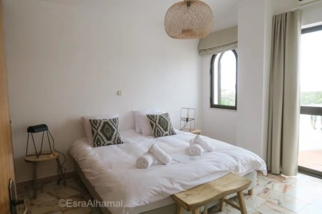 one life lodge room - Surf and Yoga Retreat in Portugal - Chicks on Waves - A World to Travel