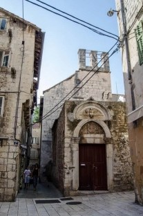 Split monuments - 10 Day Croatia Itinerary From Dubrovnik to Zagreb - A World to Travel
