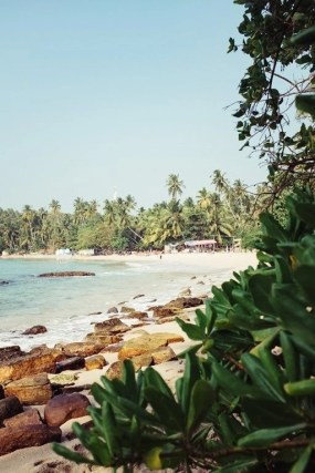 Safety Tips To Enjoy Solo Female Travel in Sri Lanka - A World to Travel (10)