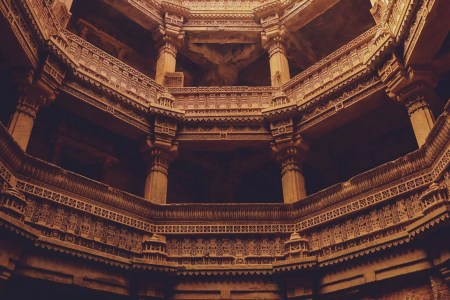 Adalaj stepwell - India Landmarks And Famous Monuments Revealing Its Rich Architectural Heritage - A World to Travel