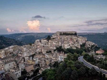 Ragusa - Road Trip Itinerary Throught The Best Coastal Spots And Cities In Sicily - A World to Travel