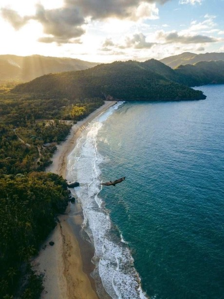 El Valle - Best Beaches In Dominican Republic Road Trip - A World to Travel