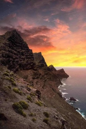 Canary Islands sunset - How To Take Beautiful Island Pictures - A World to Travel