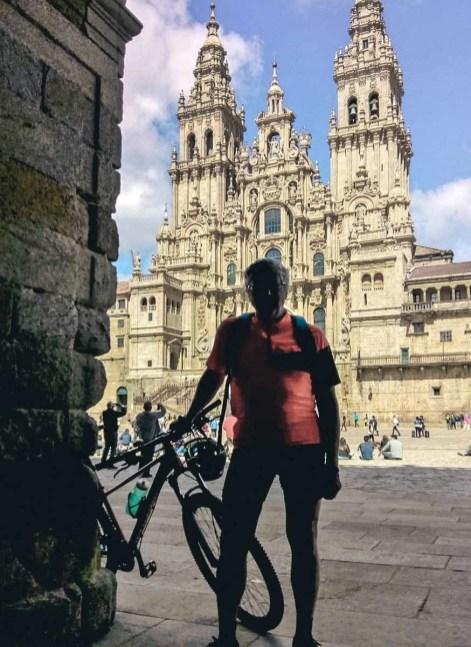 Etapa 6 - Melide Santiago de Compostela - El camino en bici con Tee Travel - A World to Travel (2)-2