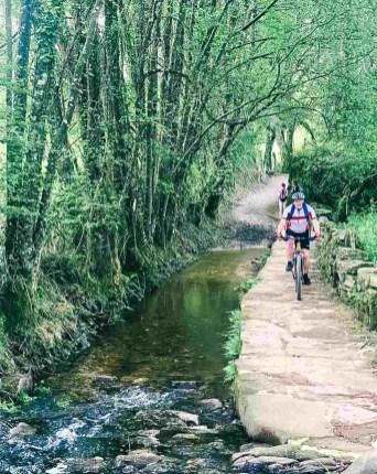 Etapa 6 - Melide Santiago de Compostela - El camino en bici con Tee Travel - A World to Travel (3)-2
