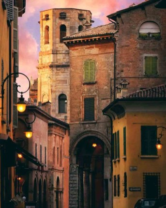 Food in Emilia Romagna - A World to Travel