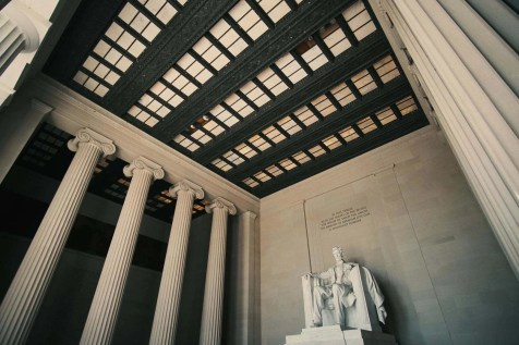 Lincoln Memorial - Places to see in Washington DC - A World to Travel