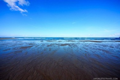 Mar de Fora beach reflections - A World to Travel