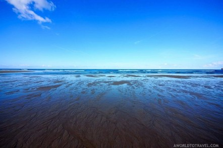 Mar de Fora beach reflections - A World to Travel