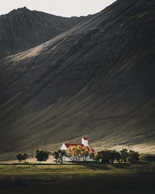 Moss and churches - Iceland - A World to Travel