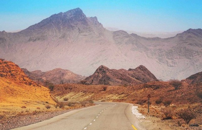 Oman Road Trip Itinerary - A World to Travel