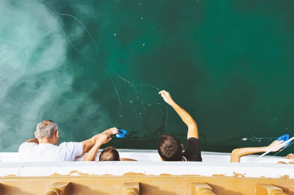 Omani fishermen - Oman people - A World to Travel