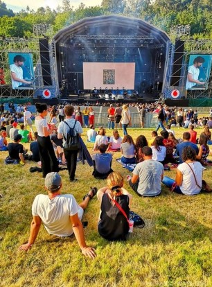 First Breath After Coma (1) - Vodafone Paredes de Coura music festival 2019 - A World to Travel