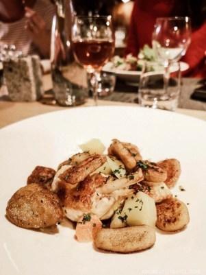Bar Restaurant Le Saint Nicolas Megeve - A World to Travel (2)
