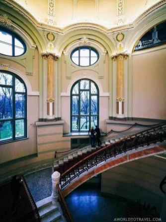 Latvian National Museum of Art in Riga - A World to Travel (2)