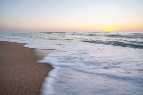 Waves at sunset in Praia Velha, a beach in Marinha Grande