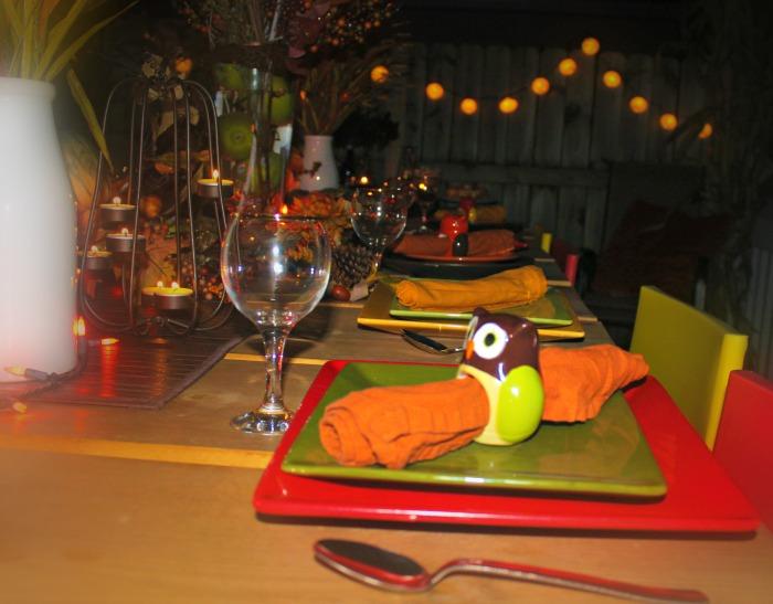 table decor plates