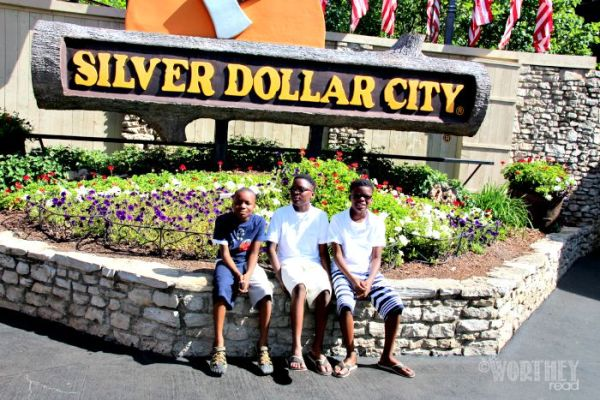 Silver Dollar City Attractions1