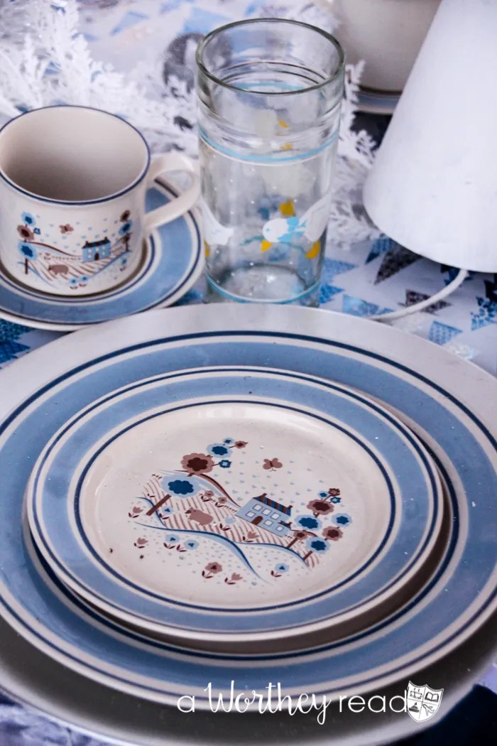 Blue & White Winter Wonderland Tablescape-31