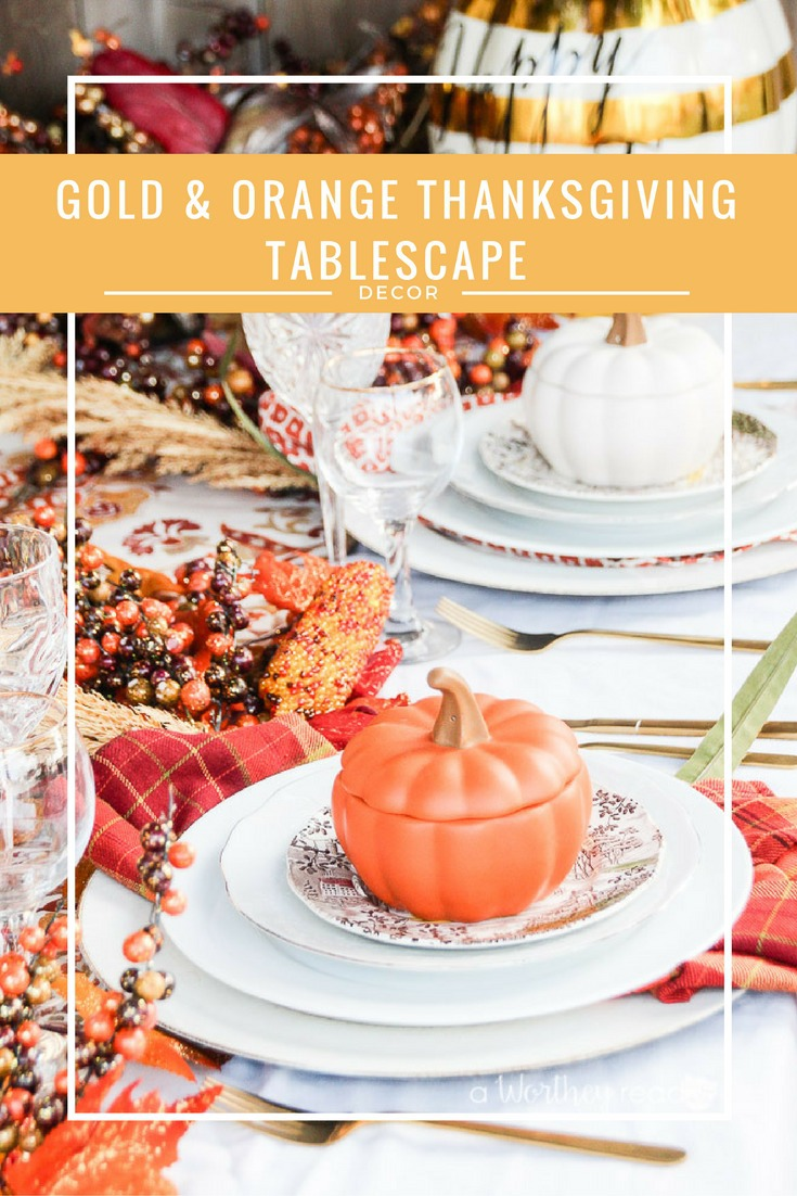 Here's a great way to decorate your table for Thanskgiving. This table decor idea will definitely inspire and gives you ideas on how to decorate for Thanksgiving! Gold & Orange Thanksgiving Tablescape