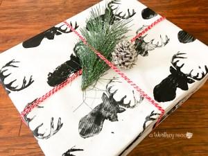 DIY Reindeer Wrapping Paper