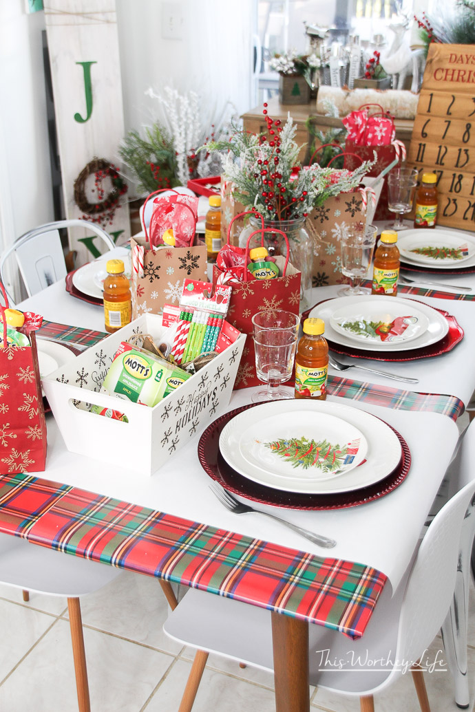 How to create a Kids Holiday Tablescape
