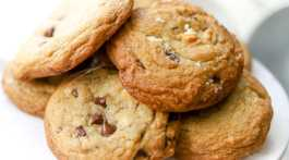 Brown Butter White & Chocolate Chip + Toffee Cookie