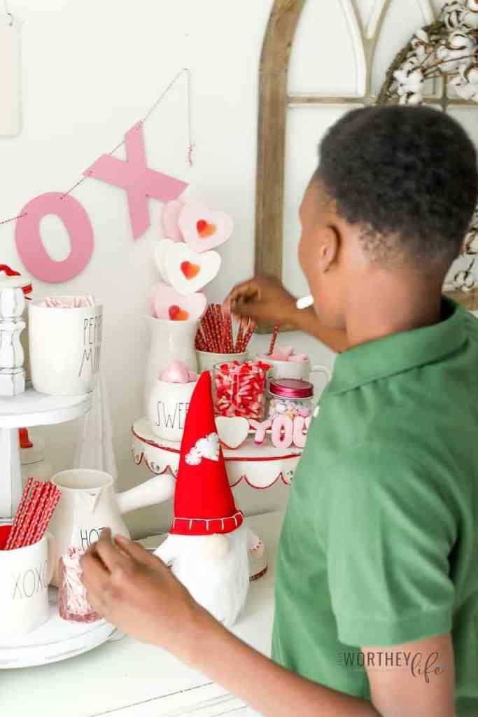 Hot cocoa bar ideas for kids