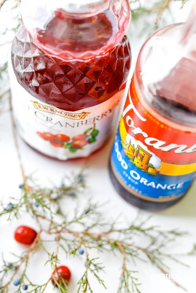ingredients needed for a Cranberry margarita recipe