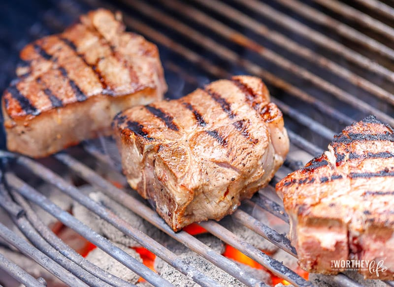 How to grill lamb chop over charcoal