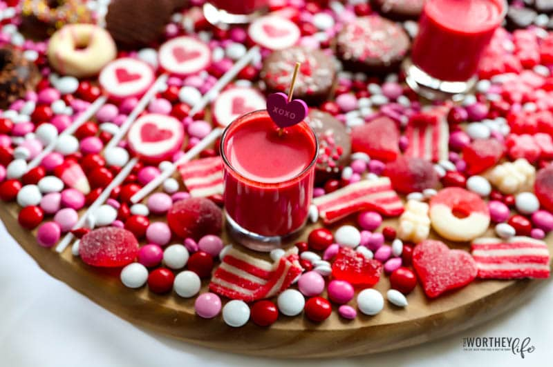 Hot to throw a Valentine's day party.