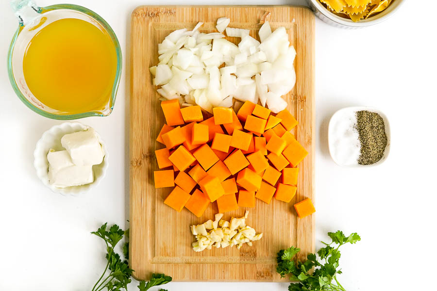 ingredients needed to make a fall butternut squash soup