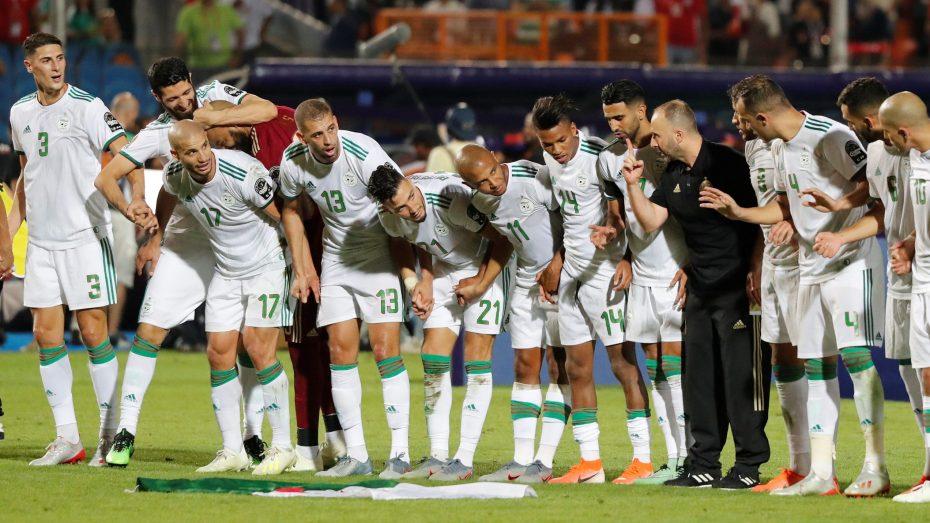 """المنتخب الجزائري: الـ""""كاف"""" تكشف مُخططا للمدرب بلماضي وأشباله في """"كان"""" الكاميرون"""