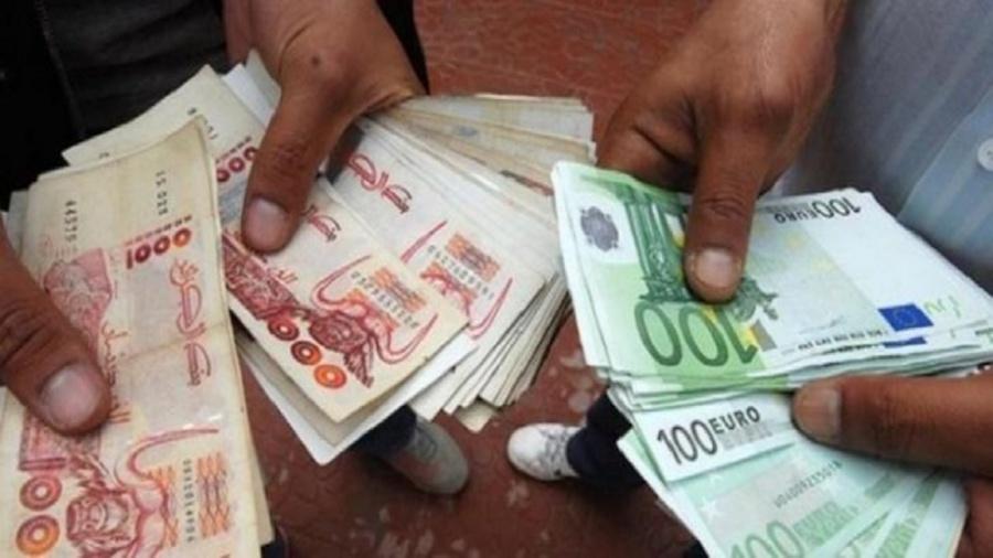 وزير جزائري يمتلك حسابا في سويسرا بـ2 مليار أورو