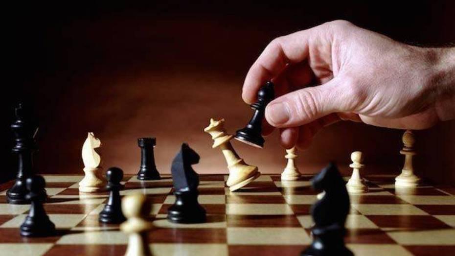 أول بطولة عربية للشطرنج بمستغانم
