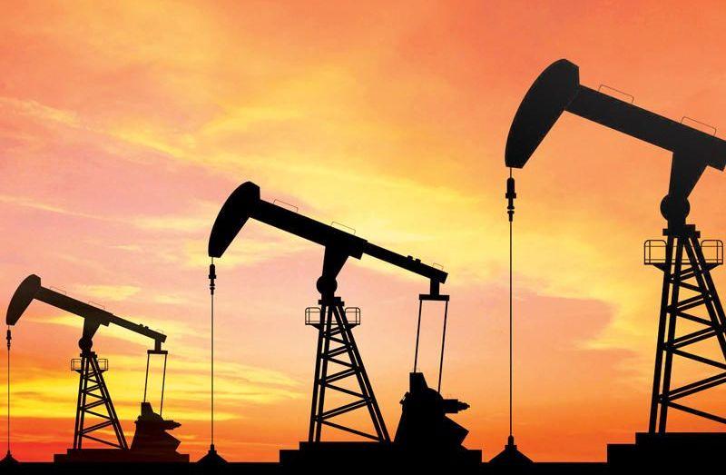 النفط يواصل الانهيار