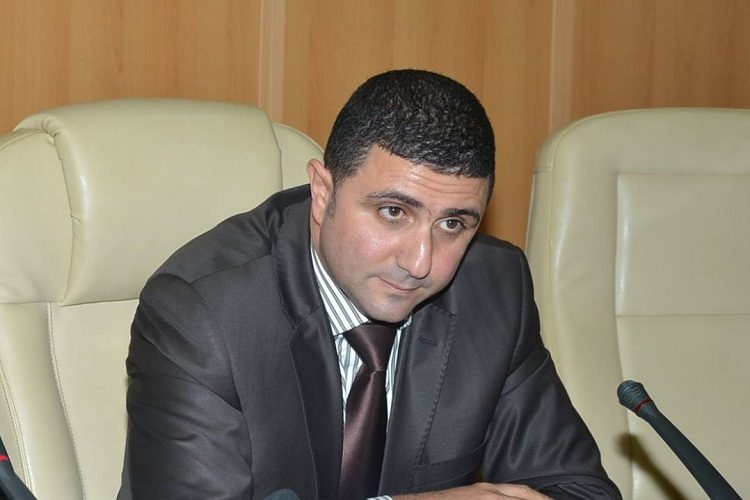 نائب يشكوى الجوية الجزائرية للرئيس