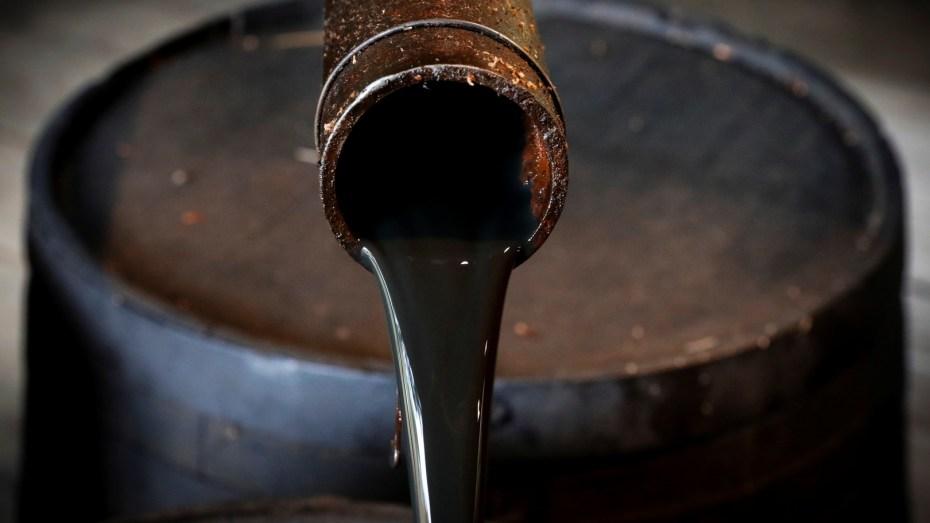 بنك أمريكي يتوقع ارتفاعا قياسيا لسعر برميل النفط وقد يصل إلى 100 دولار